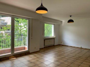 Appartement lumineux avec petite parcelle de jardin privative.  La situation se compose comme suit:  Au premier étage: - Hall d'entrée - WC séparé avec lavabo - Grand living avec balcon  - 1 grande chambre à coucher - 1 petite chambre à coucher - nouvelle cuisine entièrement équipée avec place pour une table petit déjeuner - salle de douche avec lavabo  Sous le toit: - pièce grenier privatif  Niveau rez-de-chaussée: - Garage privatif pour une (1) voiture - Cave privative - Buanderie commune avec emplacement de lave linge privatif   Accès au jardin via la buanderie  Proche de toutes commodités, écoles, transports publics...  Adresse: 5, rue des Sept Arpents L-1139 Luxembourg