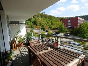 Monia SOUILMI ( 691 21 29 46 - monia.souilmi@remax.lu ) et RE/MAX, spécialiste de l'immobilier à Dommeldange, vous proposent en exclusivité à la vente un bel appartement très lumineux, d'une surface habitable de 98 m² environ, au deuxième étage, d'une résidence bien entretenue de 16 unités, construite en 2012, situé à Luxembourg ville- quartier de Dommeldange.  L'appartement se compose comme suit; Une halle d'entrée  Un grand living très lumineux avec une cuisine entièrement équipée ouvrant sur un balcon de 8m² environ Deux chambres  Une salle de bain avec baignoire et douche à l'italienne    Et WC séparé  L'appartement est équipé par des fenêtres doubles vitrages, chauffage au sol, parquet  au sol, vitres électriques, chauffage urbain, vidéophone,.....  Un emplacement à l'extérieur, une cave sis au sous-sol et une buanderie commune s'ajoutent à ce bien.  Un très joli appartement sous garantie décennale, à proximité de la ville et de toutes les commodités  Beaucoup de charme et de potentiel.... coup de cœur assuré!!  Disponibilité à convenir   Ref agence :5095982