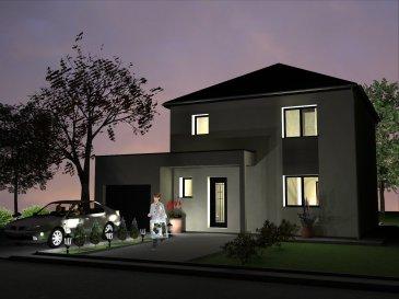 MODELE HOSTA Nous vous proposons une maison à étage dans un lotissement au grand calme. Elle est composée au RDC d'un salon séjour ouvert sur la cuisine. De cette dernière vous communiquez avec un cellier et le garage. A l'étage vous retrouvez trois chambres et une salle de bains. Cette maison à toit 4 pans est modifiable selon vos souhaits. Vous pouvez construire cette maison en toit 2 pans classique ou en toiture terrasse selon votre préférence. Tous nos modèles de maison sont adaptables selon votre mode de vie et vos habitudes