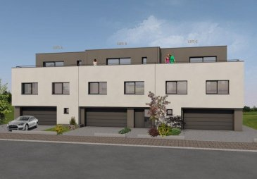 Immo Nordstrooss S.à r.l. a le plaisir de présenter une maison « LOT C » en état futur construction, spacieuse et moderne.  <br>CLÉ EN MAINS ? 6 CHAMBRES À COUCHER ? GRAND JARDIN ? DOUBLE GARAGE  <br><br>Maison jumelée en bande - sur un terrain de 5,62 ares avec les espaces suivants :  <br>Surface habitable : 217,73 m2  Surface garage : 30,37 m2  Surface totale sans terrasses : 248,10 m2  Surface terrasses : 65,99 m2  <br> La subdivision de la maison se distingue comme suit :   <br>Au RDC : - une cuisine ouverte aves salle à manger de 45,07 m2 avec accès à une terrasse de 26,67 m2 <br>- un hall d\'entrée / dégagement de 11,85 m2 <br>- un vestiaire de 5,07 m2  <br>- un WC séparé d\'environ 2,55m2  <br>- une buanderie de 7,52 m2 <br>- un garage double de 30,37 m2   <br>Au 1er étage : - une chambre à coucher de 17,24 m2  <br>- une chambre à coucher de 15,20 m2  <br>- une chambre à coucher de 15,20 m2  <br>- un bureau/chambre à coucher de 12,68 m2  <br>- une salle de bains de 7,21 m2  <br>- une salle de bains de 5,40 m2  <br>- un débarras de 4,36 m2 <br>- un hall de 15,22 m2 <br>- une terrasse de 4,88 m2  <br>Au 2ème étage : - une chambre à coucher / espace de vie 22,07 m2 avec accès à une terrasse de 26,01 m2 <br>- une chambre à coucher de 19,13 m2 avec accès à une terrasse de 8,43 m2  <br>- une salle de douche de 7,50m2  <br>- un local technique d\'environ 4,46 m2 <br> La maison qui est orientée plein sud, avec une vue dégagée sur les champs, possède un grand jardin privatif ainsi que 2 emplacements extérieurs avec une importante surface habitable. Elle est onstruite avec du haut de gamme, une façade attrayante et convient à toute la famille.  Un soin particulier est apporté à la qualité des matériaux utilisés et au choix des corps de métiers pour assurer une bonne exécution des travaux.   <br>Niederfeulen, une localité située à 5 km de la ville de Ettelbrück, 11 km de la ville Diekirch et 19 km de Mersch.<br> <br>Pour plus d\'informations par rapport à ce projet exce