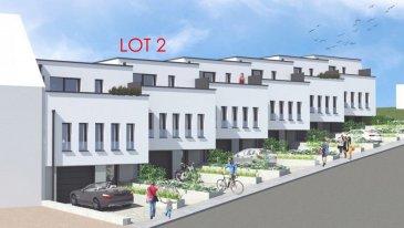 Belle maison à Tétange, d'une architecture contemporaine érigée sur un terrain de 5.34 ares aux finitions luxueuses d'une surface totale de 224.765m2, dont une surface habitable net de 183 m2.  Elle se compose en rez-de-chaussée : -d'un hall d'accueil (+/-8.12.m2),  -couloir (+/-8.44m2),  -bureau/buanderie ou cave (17.87m2)  -avec accès au jardin privative, cave/buanderie (5.13m2),  -chaufferie (+/-4.44m2) et  -une garage avec deux emplacements intérieurs (40.64m2).  Au premier étage :  -living spacieux et lumineux, salle à manger et une cuisine ouverte (total +/-60m2),  -un bureau (+/-9.9m2),  -couloir (+/-5.15m2)  Au deuxième et dernier étage :  -chambre parental (+/-13.50m2) avec salle de douche et accès au terrasse (+/-11.25m2) -deux chambres (10.92 + 10.92m2) avec accès au terrasse  -salle de bain (7.56m2) -couloir (3.10m2)  Caractéristiques: chauffage au sol, panneaux solaires, ventilation double flux, triple vitrage, volets électriques.  N'hésitez pas à nous contacter pour tout complément d'information.  E-Mail: info@fn-promotion.lu GSM: +352 621 139 988