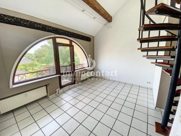 ENGLISH DESCRIPTION BELOW  Charmant duplex situé à Hagen, commune de Steinfort, proche frontière belge et à 25 minutes de Luxembourg-ville.  Résidence à 6 unités, appartement en dernier étage de +/-95m2, offrant:  - Hall d'entrée - Cuisine équipée individuelle - Living accès balcon avec vue dégagée - 2 chambres à coucher donnant sur l'arrière - 1 salle de bain avec fenêtre - 1 WC séparé  A l'étage:  - 1 grande chambre de +/-25m2 avec débarras/dressing.  Sous-sol: - 1 garage box de +/-17m2 - 1 emplacement extérieur - buanderie commune  Ce bien est disponible de suite.  A savoir:  - Façade refaite en 2017 - Vélux électrique récent - Fibres présente dans la résidence  Pour toutes informations, contactez-nous au 26.311.992.  Pour une estimation de votre bien (sous 48H), contactez-nous au 621.75 86 43.<br />ENGLISH DESCRIPTION  Charming duplex located in Hagen, commune of Steinfort, near the Belgian border and 25 minutes from Luxembourg city.  Residence with 6 units, top floor apartment of +/-95m2, offering:  - Entrance hall - Individual equipped kitchen - Living room with balcony access with open view - 2 bedroom with access to the back - 1 bathroom with window - 1 separate toilet  On the first floor:  - 1 large bedroom of +/-25m2 with storage/dressing room.  Basement: - 1 garage box of +/-17m2 - 1 outside space - common laundry room  This property is available immediately.  To know:  - Facade redone in 2017 - Recent electric skylight - Fibers present in the residence  For all information, contact us at 26.311.992.  For an estimate of your property (within 48 hours), contact us at 621.75 86 43.