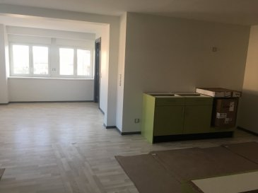 . St-Georges, proche Center Parcs : Dans un immeuble NEUF : APPARTEMENT F2 au RDC de 56,75 m2. Cuisine équipée, parking, chauffage individuel aérothermie. Disponible 15/11/18.