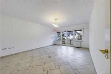 Veuillez contacter M. Bardia Allami pour de plus amples informations : - T : +352 621 150 966 - E : bardia.allami@remax.lu  RE/MAX Luxembourg, Spécialiste du quartier de Bonnevoie, vous propose ce magnifique appartement lumineux dans une petite résidence de 4 appartements. Le plus de cette résidence est le fait qu'il comporte un appartement par étage. Cet appartement au 2? étage a une superficie de 60 m² avec un salon donnant sur un agréable balcon lumineux de 5 m², 1 chambre à coucher, entrée avec coin débarras, salle de bains + WC, une confortable cuisine séparée et équipée. Une cave complète cet appartement.  Proche de tous les commerces et des transports, on se trouve à moins de 5 min de la Gare de Luxembourg, moins de 10 min du Centre-Ville et 5 min de Cloche d'Or. L'immeuble est bien entretenu et se trouve dans une rue résidentielle et calme. Loyer : 1280 € / mois Charges : 175 € / mois Caution : 2560 € Disponibilité : immédiatement.  Frais d'agence RE/MAX : 125 % du montant du loyer à la charge du locataire + TVA  Lien Vidéo 360° : https://premium.giraffe360.com/remax-select/64ab983a8e27404db550b58267ab28e8/