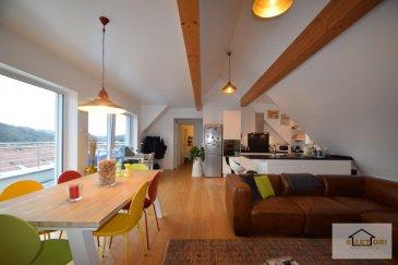 SARTORI, agence immobilière à Luxembourg vous propose en location ce magnifique Penthouse de 88m2 au 2ième étage sans ascenseur dans un immeuble construit en 2011 à Luxembourg-Weimerskirch .  Le Penthouse se compose d'une entrée avec un WC qui sépare toutes les pièces à l'étage supérieur, d'une magnifique cuisine équipée et ouverte au lumineux séjour donnant accès au grand balcon côté sud, d'une salle de bain avec un WC, d'une harmonieuse chambre avec également un balcon, d'un dressing ou bureau et d'une pièce pour la machine à lavé ( buanderie privée dans l'appartement ) .   Vous disposerez d'un garage box fermé avec électricité et d'une grande cave .  La situation géographique est intéressante à proximité de toutes les commodités quotidiennes (Transport publique, commerces, banque, etc.)                                       ------------ IMPORTANT ----------- - - Loyer 1750€ - Charges 200€ - Caution 3500€ ( 2 mois de loyer )   Pour plus d?informations vous pouvez prendre contact avec Mr Fernandes au 691 668 542 . Ref agence :551