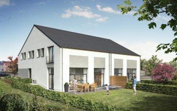 RE/MAX FORUM, spécialiste de l\'immobilier au Grand-Duché de Luxembourg, vous propose à la vente cette maison en future construction LOT 1 située dans un nouveau lotissement sur un terrain de +- 5,88 ares et comprenant: <br><br>RDC : un hall, un garage pour deux voitures, un local technique, une cuisine ouverte sur un living de +- 54m2 avec accès sur une terrasse arrière de +- 26m2 et un WC séparé.<br><br>Etage +1 :  cinq chambres à coucher, une salle de douche, une salle de bains, un WC séparé et un hall de nuit<br><br>Volets avec commandes motorisées<br><br>Chauffage au sol <br><br>Terrain avec contrat de construction pour une maison sur le terrain  lot 1<br><br>Le prix s\'entend à 3% TVA (sous réserve d\'acceptation par l\'Administration de l\'Enregistrement).<br><br>Classe énergétique A-B ( réglementation grand-ducale au 01/01/2015 )<br />Ref agence :Aspelt Lot 1