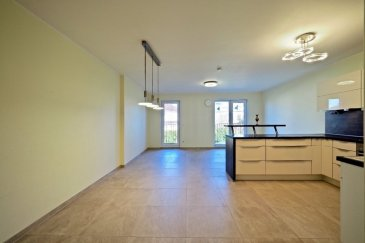 *** SOUS COMPROMIS*** immohub, votre partenaire dans l'immobilier à Bertrange, vous propose un Duplex d'une surface habitable de +/- 120 m2 avec balcon, jardin et emplacement intérieur. La résidence
