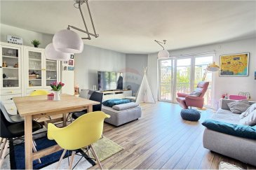Veuillez contacter Joao Ferreira pour de plus amples informations : - Téléphone : 691 298 136  - Courriel : joao.ferreira@remax.lu  REMAX, Spécialiste de l'immobilier à Luxembourg, vous propose en exclusivité, cet appartement situé à Luxembourg-Gare.  Situé au premier étage d'une résidence construite en 2008, ce bel appartement saura vous séduire de par ses finitions de qualité. D'une superficie totale de 93,17 m² cet appartement se compose d'un spacieux hall d'entrée, d'une cuisine équipée, d'une grande salle de séjour / salle à manger, de deux salles de bains et de deux belles chambres donnant accès à un coin terrasse commun.  Un emplacement de parking intérieur complète ce bien.  Disponibilité à convenir.  N'hésitez pas à nous contacter pour plus d'informations.  Frais d'agence RE/MAX : 3 % du prix de vente à la charge de la partie venderesse + TVA