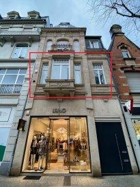 *** EXCLUSIVITÉ ***  Dans la zone piétonne de Esch-sur-Alzette, à proximité de tous les commerces, HT Immobilier vous propose cet appartement avec terrasse au plein cœur de la ville.   Idéal pour un couple, cet appartement vous offre un spacieux et lumineux living, une cuisine séparée ainsi qu'une salle de douche.  Plus d'informations : info@htimmo.lu - Tél : 24 55 92 78