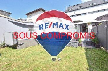 *** SOUS COMPROMIS ***  Louis MATHIEU RE/MAX Partners, spécialiste de l'immobilier à Dudelange vous propose à la vente cette magnifique maison jumelée de 2015 sur un terrain de 2,7 ares. Elle dispose d'une superficie habitable d'environ 220 m² pour 253 m² au total. Cette demeure vous séduira par sa qualité de finitions, ses beaux volumes, et sa localisation idéale.  La maison se compose au rez-de-chaussée : d'un lumineux hall d'entrée avec placards encastrés, d'une spacieuse et lumineuse pièce de vie séjour/salle à manger de 40 m² avec cheminée et donnant accès sur une grande terrasse et la partie jardin, d'une cuisine équipée haut de gamme, d'un WC indépendant.  Au premier étage : un hall de nuit, une première chambre parentale de 23 m² avec un grand dressing et accès sur un balcon côté jardin, une salle de bain (baignoire, douche italienne, vasque, seche-serviettes), une seconde chambre de 11 m², un WC indépendant.  Au deuxième étage : un hall de nuit, une troisième chambre de 15 m², une quatrième chambre de 17 m², un bureau de 12 m², une salle de douche (douche, vasque, WC)  Au grenier : un espace loisirs de 30 m² pouvant faire office de chambre.  Au sous-sol : un garage double, une buanderie, un débarras.  Extérieur : une première terrasse de 15 m², une seconde terrasse au niveau du jardin avec une cuisine d'été, un jaccuzzi, une douche et une cabane extérieure. La partie extérieure est exposée Ouest.  La maison se trouve proche du centre ville de Dudelange, des commerces ainsi que du Lycée.  Passeport énergétique B / B - chauffage au GAZ.  5 places de parking.  Disponibilité à convenir.  Contact : Louis MATHIEU au +352 671 111 323 ou louis.mathieu@remax.lu Ref agence :5095920