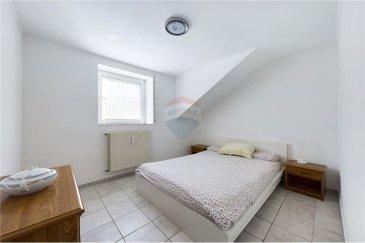 Veuillez contacter Qiqi Zhou pour de plus amples informations : - T : +352 661 570 297 - E : qiqi.zhou@remax.lu  RE/MAX, Spécialiste de l'immobilier à Rumelange, vous propose à la vente, cet appartement dans une résidence de 3 étages à Rumelange. Il est situé au troisième étage (sans ascenseur).  L'appartement d'une surface d'environ 40 m² se compose comme suit : -Une chambre. -Un séjour lumineux avec coin cuisine.  -Une salle de bain avec W.C. -Une cave privative.  Proche de toutes les commodités (bus, boulangerie, restaurants, pharmacie, ...).  Frais d'agence RE/MAX : 3 % du prix de vente + TVA à charge de la partie venderesse Toute offre sera soumise à l'acceptation expresse des vendeurs.  ---  Please contact Qiqi Zhou for further information: - +352 661 570 297 - qiqi.zhou@remax.lu  RE/MAX, Real estate specialist in Rumelange, offers this flat in a 3 floors residence in Rumelange for sale. It is located on the third floor (without lift).  The flat has a surface area of approximately 40sqm and is composed as follows: -A bedroom. -A bright living room with kitchenette.  -A bathroom with toilet. -A private cellar.  Close to all amenities (bus, bakery, restaurants, pharmacy, ...).  RE/MAX agency fees : 3 % of the selling price + VAT to be paid by the seller All offers are subject to the express acceptance of the sellers.