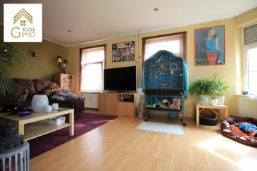 Bel appartement de +/- 55 m² au cœur de Pétange, proche de toutes commodités. <br><br>Celui-ci se compose comme suit:<br><br>- Hall d\'entrée,<br>- Spacieuse chambre à coucher, (Possibilité de faire une deuxième chambre à coucher)<br>- Salle de douche avec wc,<br>- Cuisine équipée ouverte sur living/salle à manger.<br><br>A cela s\'ajoutent une cave et une buanderie commune.<br><br>Pour tout renseignements complémentaires ou une visite (visites également possibles le samedi sur rdv), veuillez contacter le 28.66.39.1.<br><br />Ref agence :72540