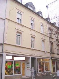 Très beau commerce en vente à la rue du Brill à Esch/Alzette zone piétonne - complètement rénové - actuellement loué.