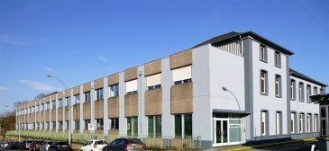 RCI - REFFAY Christophe Immobilien vous propose A LOUER  un ensemble de bureaux à PETANGE.   Plusieurs bureaux disponibles dans le bâtiment ACROPOLE (anciens bâtiments de la direction d'ARCELOR MITTAL), juste en face de la Gare de Pétange :   - Bureau 55 : 32 m2 + 1 emplacement de parking - Loyer 1.000 euros  - Bureau 56 : 32 m2 + 1 emplacement de parking - Loyer 1.000 euros  Ces 2 bureaux peuvent être loués séparément ou ensemble grâce à une porte communicante.   Autres bureaux communicants au RDC pouvant être louer séparément ou en open space :   - 35 m2 - Loyer 1.075 euros  - 32 m2 - Loyer 1.000 euros  - 26 m2 - Loyer 825 euros  - 23 m2 - Loyer 750 euros   En tout 116 m2 - Loyer 3.200 euros    - Bureau 22 au 1er étage : 34 m2 + 1 emplacement de parking - Loyer 1.025 euros   Les emplacements de parking supplémentaires sont à 50 euros par unité.   RCI - REFFAY Christophe Immobilien 691 661 661  christophe.reffay@rci.lu   -----------------------------------------------------   RCI - REFFAY Christophe Immobilien offers you TO RENT a set of offices in PETANGE.  Several offices available in the building ACROPOLE (former buildings of the direction of ARCELOR MITTAL), just in front of the station of Pétange:  - Office 55: 32 m2 + 1 parking space - Rent 1.000 EUR - Office 56: 32 m2 + 1 parking space - Rent 1.000 EUR These 2 offices can be rented separately or together thanks to a connecting door.  Other communicating offices on the ground floor that can be rented separately or in open space:  - 35 m2 - Rent 1.075 EUR - 32 m2 - Rent 1.000 EUR - 26 m2 - Rent 825 EUR - 23 m2 - Rent 750 EUR In total 116 m2 - Rent 3.200 EUR  - Office 22 on the 1st floor: 34 m2 + 1 parking space - Rent 1.025 EUR  Additional parking spaces are at 50 EUR per unit.  RCI - REFFAY Christophe Immobilien 691 661 661 christophe.reffay@rci.lu
