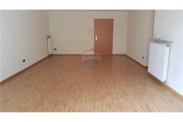 Veuillez contacter notre agent Joao Ferreira pour de plus amples informations au 691 298 136.  RE/MAX, Spécialiste de l'immobilier à Howald, vous propose ce magnifique appartement en location.  D'une superficie totale de 70 m2, cet Appartement se compose comme suit :   - Cuisine séparée  - Une chambre à coucher avec dressing  - Un très grand living/salle à manger - Une salle de bain - Un WC séparé  La cuisine, le living / salle à manger ainsi que la chambre donnent accès à une belle terrasse privative avec jardin.  L'appartement dispose également d'un emplacement intérieur et d'une cave privative.  L'appartement est situé à proximité des commerces, de la banque, de la crèche, de l'école, d'une aire de jeux, des transports en commun, etc.   //English version//  RE/MAX, Real estate Specialist in Howald, suggests this beautiful apartment for rent.  With a total area of ??753.47373 sqft, this apartment consists of:  - A separate kitchen - A bedroom with a dressing room - A very large living/dining room - A bathroom - A separate WC  The kitchen, the living/dining room, and the bedroom give access to a beautiful private terrace with a garden.  The apartment also includes an interior parking and a private cellar.  The apartment is located close to shops, the bank, a nursery, the school, a playground, public transportation, etc.
