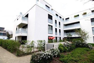 Magnifique appartement dans un immeuble très récent de 92m2 qui se compose comme suit :  - Hall d'entrée - Living avec balcon  - Cuisine ouverte de haut standing entièrement équipée  - 1 salle de bain - Wc séparé - 2 chambres à coucher  - emplacement intérieur - cave - accès à un parc privé  Adresse: 16, Boulevard du Brill, 1281 Luxembourg  Pour plus d'informations, veuillez contacter M. Gilles Grethen au +352.621.791.049
