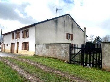 GRANDE FERMETTE LORRAINE DE 160 M2.  Véritable fermette lorraine individuelle. Cette belle maison avec vue plein champs se situe à 30 km de Metz, 10 km de Rémilly et 7 km de Faulquemont, vous propose ses 160 m2 + nombreuses dépendances + grand jardin avec puits, le tout sur 18 ares 35.<br> Au rez-de-chaussée : salon, salle à manger, cuisine, salle d\'eau et une chambre.<br> A l\'étage : trois chambres + grenier aménageable.<br> Beau potentiel d\'aménagement complémentaire.<br> Un grand garage, une belle cave voûtée, dépendances.<br> PRIX : 118 000 EUR<br> AGENCE VENNER REMILLY 03.87.63.60.09./06.37.62.27.13.<br><br><br><br><br><br><br>
