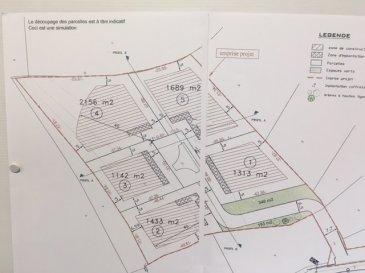 Terrain viabilisé de 16.87 ares (eau-gaz-électricité-TàE-) situé sur les hauteurs de Guentrange dans un lotissement de 5 parcelles. Terrain libre de constructeur.