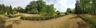 Terrain  5000 m2 dont 10 ares constructible. Terrain à viabiliser dans cadre verdoyant avec une vue exceptionnelle. Situé à mi-chemin entre Metz et St AVOLD. Terrain à viabiliser par les acquéreurs. tel 0685297350