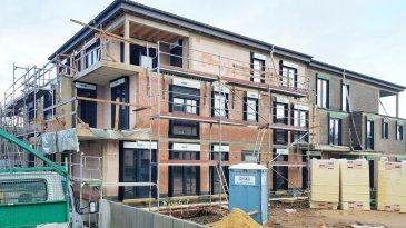 F&N PROMOTION vous propose la construction d'une nouvelle résidence à Boevange-sur-Attert, d'une architecture sobre, moderne et élégante qui conjugue bien-être et environnement.   Cette futur construction, classe énergétique A/A, compte 5 logements (4 appartements et un penthouse), de deux à trois chambres à coucher, avec une surface allant de 80m² – 109m² - tous les logements bénéficient d'un balcon/terrasse.  L'emplacement de parking intérieur est à partir de 25.000 euros TVA 3%.  Le prix indiqué comprend la TVA à 3% (sous réserve d'acceptation par l'administration de l'enregistrement).  Caractéristiques:  - Chauffage au sol - Parlophone - Triple vitrage, volets électriques - Panneaux solaires - Système de ventilation double flux - Isolation phonique - Isolation thermique - Pompe a chaleur - etc.  Pour un descriptif détaillé ainsi que les plans sont à votre disposition sur demande à notre agence.  APPARTEMENTS DANS CETTE RESIDENCE ------------------------------------------------------------------------ RDC:  Appartement de 80.37m2 + Terrasse de 16.95m2 Appartement de 106.29m2 + Terrasse de 19.5m2  1ER ÉTAGE: Appartement de 82.71m2 + Balcon de 7.24m2 Appartement de 100.79m2 + Balcon de 12.85m2  RETRAITE: Penthouse de 108.91m2 + Balcon de 73.53m2 ------------------------------------------------------------------------  Veuillez nous contacter au info@fn-promotion.lu ou +352 621 13 99 88  **********************************************************  F&N PROMOTION stellt ihnen hier den Bau einer neuen Residenz in Boevange-sur-Attert vor - in schlichter, sowie auch zugleich moderner Architektur, die Wohlbefinden und Umwelt verbindet.  Dieser Bau gewährleistet eine Energieeffizienz- sowie auch Wärmeschutzklasse mit den Werten A/A, von 5 Einheiten (darunter 4 Wohungen und ein Penthouse), mit zwei bis drei Schlafzimmern, mit einer Fläche von 80m2 - 109m2. Jede Wohnung verfügt über eine Terrasse / Balkon.  Einen Garagenplatz gibt es für weitere 25'000€ (3% TVA).  Der angegeb