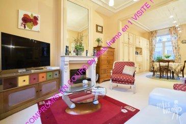 Miss-Immo vous propose ce charmant T2 très bien situé au centre ville de Lille, proximité Rue Léon Gambetta et secteur Wazennes, à 10 mn à pieds à peine du métro.  Vous apprécierez au 1er Etage, son côté chaleureux et belles pièces à vivre. Une entrée spacieuse avec dressing/miroir, une cuisine équipée séparée de la salle à manger/salon ornée de sa cheminée d'agrément (à réintuber). Dans le prolongement, la chambre avec une salle de bains douche avec toilettes.  Copropriété de 4 Lots + 4 caves et 2 chambres au grenier, gérée par syndic, absence de procédure d'impayés, 360 € de provisions pour charges/ trimestre soit 1 440 € annuels, Aucun travaux de prévus dans la copropriété à ce jour.  Atouts complémentaires : un garage en location, et, une chambre au grenier bien aménagée, une cave de surcroît.  Prix : 229 000 € honoraires charge vendeur barème à consulter sur notre site internet.  L'Avis  de Miss-Immo : Très bon Emplacement  lillois pour ce grand T2 au charme certain. conviendra également à investisseur. Ref agence :CRI795