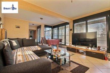 Sous Compromis <br>Bel appartement de 74m2 sis au 2è étage d\'une copropriété bien entretenue, il offre :<br>Hall d\'entrée<br>Spacieux Living-salle à manger avec accès balcon de 6m2<br>Cuisine équipée séparée<br>2 chambres<br>Wc séparé<br>Salle de douche<br>Un garage.<br>Proche de toutes commodités.<br><br />Ref agence :2109830