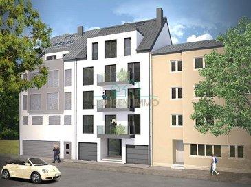 Doheem Immo vous proposent un nouveau projet immobilier à Lux-Kirchberg, 8 unités.  Proche de toutes commodités-institutions européennes et bancaires et à deux pas du plateau de Kirchberg. Les appartements seront tous équipés de belles finitions sur base de matériaux de haut standing.   Penthouse N°8 au 4 étage, 130m2: Hall d'entrée avec ascenseur direct, living-cuisine avec accès balcon 12m2,  3 chambres, salle de bain avec WC, salle de douche avec WC. Combles aménageable pour 1 chambre et salle de bain.  Cave avec branchement pour machine à laver et sèche linge.  Garage fermé 60.000.-€ TVA 3% inclus. Prix penthouse 980.000.-€ TVA 3% inclus. Prix penthouse avec combles aménagé 1.050.000.-€ TVA 3% inclus.   La construction débute en octobre 2017.  Pour plus de renseignements, vous pouvez me contacter au 661.217.707 Dimonte Franco ou Romero Gervasio 621.217.837 Ref agence :2605311
