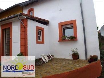 A 2 min de Rohrbach les Bitche<br /><br />Charmante maison trois faces d\'environ 110m² habitables comprenant  un salon, une cuisine avec salle à manger, accès terrasse et 3 chambres à l\'étage&period; Fenêtres en double vitrage sur toute la maison&period; DPE &equals; G car non réalisé<br /><br />Contact Nord Sud Immobilier <br />Rohrbach les Bitche 03 87 96 33 84<br />Sarreguemines 03 87 02 83 36<br />Bitche 03 87 27 01 80