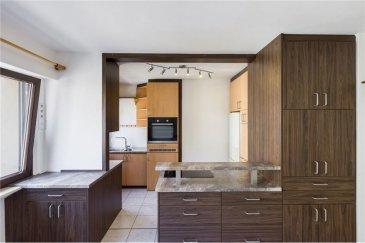 Veuillez contacter Mathieu Bossennec pour de plus amples informations : - T : 661 521 730 - E : mathieu.bossennec@remax.lu  RE/MAX, Spécialiste de l'immobilier vous propose ce magnifique appartement d'environ 53 m² habitables, refait entièrement à neuf, en plein cœur du quartier prisé de Limperstberg, à quelques mètres à pied de la place du glacis.  Situé au 2? étage avec ascenseur d'une résidence, il se compose comme suit :   - Un hall d'entrée accueillant.  - Un salon/salle à manger lumineux et spacieux.  - Une cuisine équipée ouverte.  - Un WC séparé.  - Une chambre spacieuse  - Une salle de bain.  Un cave spacieuse ainsi qu'un jardin commun viennent compléter ce bien.  Toutes les fenêtres sont équipées d'un double vitrage, avec des volets électriques.  Proche de toutes les commodités (bus, commerce, tram, pharmacie), son emplacement unique et ses rénovations sauront vous séduire.  DISPONIBLE DE SUITE.  N'hésitez pas à nous contacter pour de plus amples informations.  Une visite virtuelle est disponible sur demande. (Sous réserve de dossier)  Frais d'agence RE/MAX : 125 % du montant du loyer à la charge du locataire + TVA
