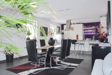L'agence IMMOLORENA de Pétange partenaire de la CHAMBRE IMMOBILIERE DE LUXEMBOURG a choisi pour vous un DUPLEX spacieux de 110 m2 habitables (135 m2 au sol) aux deuxième et troisième étages dans une petite résidence de 5 unités, sans ascenseur situé à Rodange idéalement situé à 2 minutes de la gare, transports en commun et toutes commodités, il se compose comme suit:  1ER Niveau: - Un hall d'entrée  - Cuisine toute équipée de 24,38 m2 ouverte vers le double living de 27,16 m2 - Hall de 3,17 m2 - Chambre de 11,88 m2 - Salle de bain avec baignoire de 5,47 m2 - WC séparé de 2,24 m2  2ÈME Niveau:  - Hall/Bureau faisant 9 m2 -Deux chambres de 11,53 m2 et 10,35 m2 -Salle de bain avec douche, toilette et coin buanderie de 6,96 m2   CARACTERISTIQUES DE L'APPARTEMENT: - Petite résidence de 5 unités - Année de construction 2010 - Cave privative - Buanderie commune - Deux emplacements extérieurs - Deux salles de bain   Pas de frais d'agence pour le futur acquéreur  Pour tout contact et plus de renseignant veuillez contacter l'agence Immo Lorena Lux Sarl: Numéro de l'agence: +352 50 93 32 Joanna RICKAL: +352 621 36 56 40 Vitor PIRES: +352 691 761 110  L'agence ImmoLorena est à votre disposition pour toutes vos recherches ainsi que pour vos transactions LOCATIONS ET VENTES au Luxembourg, en France et en Belgique. Nous sommes également ouverts les samedis de 10h à 19h sans interruption.