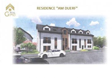 Ensemble résidentiel comportant 12 logements allant de 57 m² à 143 m² répartis comme suit :  Résidence « AM DUERF» : * 1 appartement d'une chambre à coucher, * 2 de 2 chambres à coucher, * 3 duplex de 3 chambres à coucher.  Résidence « AM DUERF » : * 1 appartement d'une chambre à coucher, * 2 de 2 chambres à coucher, * 3 duplex de 3 chambres à coucher.  Moutfort, une localité luxembourgeoise faisant partie de la commune de Contern, se situant au milieu d'une campagne verdoyante et vallonnée permettant aux habitants de profiter du calme que la nature procure.  Cette résidence est idéalement située à seulement 10 km du Findel (aéroport) et 12 km du Plateau de Kirchberg accueillant les bâtiments des institutions européennes et financières.  Ces bâtiments de construction traditionnelle Luxembourgeoise, vous offrirons des appartements de haut standing avec des matériaux de grande qualité ce qui permettra de bénéficier d'une classification énergétique AB. (Chauffage au sol, triple vitrage, volets électriques, ventilation mécanique double flux à récupération de chaleur, isolations thermiques et phoniques).  A savoir: Ce bien constitue de par sa situation, un excellent investissement.  Tous les prix annoncés s'entendent à 3 % TVA, sujets à une autorisation par l'Administration de l'Enregistrement et des Domaines.  Possibilité d'acquérir un garage ou emplacement intérieur/extérieur.  Prix inclus la TVA 3% Garage : 32.960.-' Parking intérieur : 25.750.-' Parking extérieur : 15.450.-'  Nous restons à votre disposition pour une présentation de l'appartement et du cahier des charges.  N'hésitez pas à nous contacter au 28.66.39.1. pour plus d'information ou d'un rendez-vous. Ref agence :72508