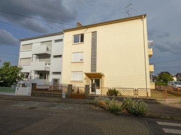 APPARTEMENT T4 avec balcon, cave et deux garages privatifs – Proche gare.  NOUS VENDONS au 72 rue des Romains à YUTZ (Moselle), à moins de deux kilomètres de la gare SNCF de THIONVILLE et proche des accès autoroute en direction de METZ et du LUXEMBOURG ;  Un superbe appartement T4 entièrement rénové et sans aucuns travaux à prévoir.  Situé au second et donc dernier étage, il offre sur une surface habitable de 77,89 m2 :  un salon de 23,43 m2 partiellement ouvert sur une pièce de séjour et cuisine de 18,32 m2, avec accès à un petit balcon couvert de 2,50 m2. Deux chambres de 14,89 et 11,72 m2 Une salle d\'eau WC séparé.  Avec une cave de 15 m2.  Ainsi que deux garages ouverts entre eux, d\'une superficie de 28,50 m2, avec circuit électrique relié au compteur privatif de l\'appartement.   *** Double vitrage PVC OB *** Chauffage électrique, radiateurs récents et performants *** Isolation intérieure de 100 mm de laine de verre sous BA 13. *** Installation électrique rénovée. *** Taxe foncière 790 €. *** Placard.  *** Charges de l\'ordre de 120 €/mois. *** Pas de procédure en cours. *** Copropriété de 3 lots d\'appartements.   CONTACT :  Gérard STOULIG – Agent commercial au : 06 03 40 33 55  NB : Les frais d\'agence sont à la charge du vendeur.