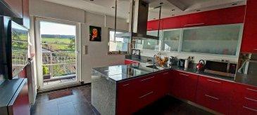 !!!!!!!!!!!!!!!!!!!!!!!!!!! Magnifique Appartement Rapport                          Qualité/Prix à ne pas rater!!!!!!!!!!!!!!!!!!!!!!!!!<br><br>Dans une résidence de 2007 composé de 3 appartements au 3ème étage dans un quartier résidentiel, proche de toute commodités, sans traveaux à prévoir, venez  découvrir ce beau appartement lumineux.<br><br>L\'appartement se compose comme suit:<br> - Hall d \'entrée avec grande armoire de rangement <br> - Grand Living lumineux de 33m2 avec cheminée et grande baie vitrée donnant accès au balcon. <br> - 1 balcon donnant sur une vue dégagée<br> - une cuisine toute équipée avec îlot central d\'une superficie de plus de 20m2 avec accès direct au balcon <br>- 1 grande chambre parentale avec armoire intégrée de 19m2 et coin bureau <br> - 2 chambres à coucher de 15 et 17m2<br> - Salle de bain avec douche et baignoire d\'une superficie de 12m2 <br> - Toilette séparé<br> - garage, buanderie et place de parking intérieur de 45m2  <br><br> Un grenier privatif d \'une superficie de 141m2 est également disponible par une trappe viens compléter ce bien.<br><br>-Ecole, grand parc et forêt à 10min à pied, -Crèche en bas de la résidence, - Ecole Vauban à 10 min en voiture  -Arrêt de bus à 2min à pied,  -Autoroute à 5min en voiture,  -Centre commercial cloche \'d\'or à 10min, Delhaize et Match à 5min en voiture.<br>Pour plus de renseignements ou une visite (visites également possibles le samedi sur rdv), veuillez contacter le 661 791 504.