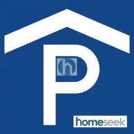 Homeseek Limpertsberg vous propose 1 emplacement intérieur (13,75m2) à 125'/mois, situé au premier sous-sol de la résidence du 9 rue de la Chapelle à Strassen. Disponible immédiatement.  Réf agence : 4921453-HL-PB Pour davantage d`informations, veuillez appeler Patricia Bertino au 00 352 691 262 005. Ref agence :4921453-HL-PB