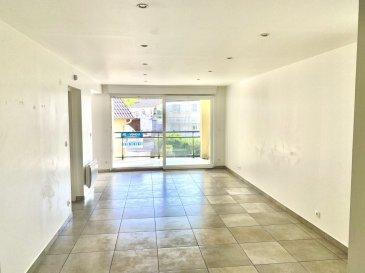 L\'agence BELARDIMMO vous propose ce très bel appartement de 79 m2 environ comprenant : <br>Une entrée desservant sur le grand salon/séjour/cuisine équipée donnant sur une terrasse accessible depuis la pièce à vivre et la cuisine, 2 salles de bains, 2 chambres dont une avec dressing, une buanderie avec petit coin de rangement <br><br>Pour votre confort une double place de parking en enfilade est comprise . L\'appartement n\'a pas de travaux à prévoir<br><br>Charges : environ 500 euros / an <br><br>Contactez l\'agent Justinien Palmucci au +352 691 105 887<br>