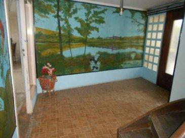 Réf: 5851  Belle maison de 151 m² Centre RANG DU FLIERS sans mitoyenneté, 3000m² terrain clos avec possibilité d\'extension : tout en plain pied : Grande pièce de vie avec cheminée et balcon, salle de bains avec douche à l\'italienne récente, wc, cuisine indépendante, 4 chambres, tout à l\'égoût.  Sous-sol à aménager  NEGOCIABLE   DPE: E GES: E   REF 5851