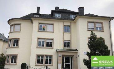 Luxembourg-LIMPERTSBERG ----- A LOUER dans un Immeuble de Rapport : ----- Appartement de standing rénové au 2 ième étage - Hall - Living - Cuisine équipée séparée - 2 chambres à coucher - Salle de douche avec WC - Buanderie & Cave ----- Les +  - rénové - belles finitions (parquet, double vitrage, internet haut débit) - résidence très bien entretenu. - PARKING RESIDENTIEL - situation proche transport en commun  - Bus à 20 m - Arrêt LUXTRAM vers Kirchberg à 700 m2 - station Véloh à 20 m ----- Pour plus de renseignement ou un RDV contactez : SIGELUX: 46 71 31 ou info@sigelux.lu