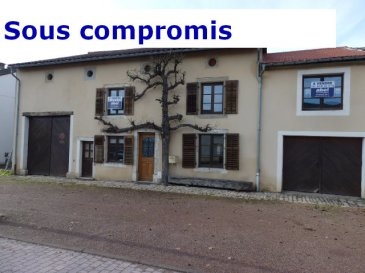 EXCLUSIF, NOUS VENDONS dans le village de Gomelange (Moselle) ;  A seulement 10 km de BOULAY- MOSELLE et BOUZONVILLE ; à moins de 30 mn de METZ.   Une grande maison Lorraine de caractère, entièrement rénovée, ancien gîte rural, mitoyenne d'un seul côté,  Etablie sur un terrain +/- 9,92 ares. Elle offre une surface habitable de 174,36 m2  Comprenant : en plain-pied : - Un long couloir de 13,9 m2 ; - Une salle à manger et cuisine équipée de 23,24 m2 ; - Un séjour et salon avec cheminée, de 28,41 m2 ; - Une première chambre de 15,16 m2 ; - Un WC séparé de 3 m2.  A l'étage : - Trois chambres de 21 – 16,39 – 15,31 m2. - Une salle de bains de 11 m2 et une salle d'eau de 8,34 m2 ; - Un WC séparé et lavabo.  Possibilité de transformer une pièce grenier de 25 m2 en cinquième chambre. Avec aussi une grange de 44 m2 et sur sa partie arrière, un atelier et stockage ; Un garage d'une longueur de 13 m pour le stationnement de deux voitures.  ***Chauffage central au fuel et production d'eau chaude par chaudière VIESMANN.  ***Fenêtres double vitrage sur châssis bois.  ***Toiture en bon état. Tuile terre cuite OMEGA 10, Ste FOY.  ***Terrasse couverte de 44 m2 avec une cour de 30 m2 donnant sur le jardin.  ***Le bien est relié à l'assainissement collectif.  Par sa configuration, l'importance des surfaces et dépendances proposées, cette  maison peut parfaitement redevenir un gîte, une grande maison d'habitation pour une ou plusieurs familles.  Pas de travaux à prévoir.   LE BIEN EST IMMEDIATEMENT DISPONIBLE.  CONTACT :  Jean-Luc MEYER – Agent commercial au  07 60 13 78 96 Ou l'agence au :  03 87 36 12 24.  Les frais d'agence sont inclus dans le prix annoncé.