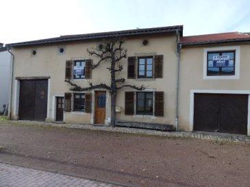EXCLUSIF, NOUS VENDONS dans le village de Gomelange (Moselle) ;  A seulement 10 km de BOULAY- MOSELLE et BOUZONVILLE ; à moins de 30 mn de METZ.   Une grande maison Lorraine de caractère, entièrement rénovée, ancien gîte rural, mitoyenne d'un seul côté,  Etablie sur un terrain de 9,92 ares. Elle offre une surface habitable de 174,36 m2  Comprenant : en plain-pied : - Un long couloir de 13,9 m2 ; - Une salle à manger et cuisine équipée de 23,24 m2 ; - Un séjour et salon avec cheminée, de 28,41 m2 ; - Une première chambre de 15,16 m2 ; - Un WC séparé de 3 m2.  A l'étage : - Trois chambres de 21 – 16,39 – 15,31 m2. - Une salle de bains de 11 m2 et une salle d'eau de 8,34 m2 ; - Un WC séparé et lavabo.  Possibilité de transformer une pièce grenier de 25 m2 en cinquième chambre. Avec aussi une grange de 44 m2 et sur sa partie arrière, un atelier et stockage ; Un garage d'une longueur de 13 m pour le stationnement de deux voitures.  ***Chauffage central au fuel et production d'eau chaude par chaudière VIESMANN.  ***Fenêtres double vitrage sur châssis bois.  ***Toiture en bon état. Tuile terre cuite OMEGA 10, Ste FOY.  ***Terrasse couverte de 44 m2 avec une cour de 30 m2 donnant sur le jardin.  ***Le bien est relié à l'assainissement collectif.  Par sa configuration, l'importance des surfaces et dépendances proposées, cette  maison peut parfaitement redevenir un gîte, une grande maison d'habitation pour une ou plusieurs familles.  Pas de travaux à prévoir.   LE BIEN EST IMMEDIATEMENT DISPONIBLE.  CONTACT :  Jean-Luc MEYER – Agent commercial au  07 60 13 78 96 Ou l'agence au :  03 87 36 12 24.  Les frais d'agence sont inclus dans le prix annoncé.