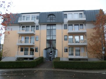 VENDU VENDU VENDU VENDU VENDU Idéalement situé dans un quartier calme et proches de toutes commodités. LUXPROIMMO vous propose ce bel appartement au rez-de-chaussée (surélevé) d'une résidence bien entretenu et disposé comme suit: 1 Chambre à coucher ( 11,94m²) avec balcon de 2m², salle de douche (4,10m²) et spacieuse pièce de vie (26m²) avec cuisine équipée installé en 2014 et terrasse de (3m²).  Au sous-sol: grande cave privée (7,54m²) et buanderie commune.  Pas d'emplacement privé mais possibilité de stationnement.  Idéal premier achat.  Pas de travaux prévus dans l'immeuble.