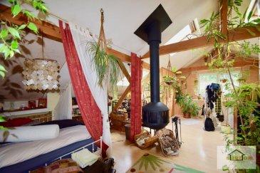 SARTORI IMMO, votre conseiller immobilier de Bettembourg, vous propose cette magnifique maison à ASPELT .  Construite en 1960 /-, cette maison est composée comme suite:  au sous-sol, vous trouvez un 1er salon séjour, une cuisine avec un accès au jardin, un local technique ainsi qu'une cave.  Le rez-de-chaussée, réparti sur 76 m², est composé d'un spacieux hall d'entrée, d'un WC séparé avec une douche, un double séjour, une chambre ou bureau ainsi qu'une salle de bain .  Le premier étage, desservi par un escalier en bois, est constitué d'une immense pièce de 60m² avec un bon potentiel . (À voir) !   La maison dispose également un garage et 2 emplacements extérieurs .  Pour plus de renseignements, n'hésitez pas à contacter Mme Batista au 691 905 150  Ref agence :517
