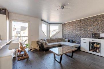 RE/MAX spécialiste de l'immobilier à Luxembourg, vous propose ce joli appartement de 3 chambres très lumineux situé au 1ér étage d'une résidence au centre de Frisange à seulement quelques km de Luxembourg-Ville.  Ce bien de 115 m² comprends:  1 Cuisine ouverte équipée de toutes les commodités avec accès au balcon 1 spacieux salon/salle a manger 3 chambres donnent accès à des balcons WC/ douche séparé Il dispose aussi d'une Cave et  un garage fermé avec porte électrique.  Pour plus d'informations vous pouvez contacter Mr. Rui Dias Tel. 691691515 Rui.diassantos@hotmail.lu  Ref agence :5096298
