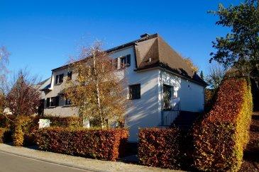 Maison entièrement rénovée en 2017. La maison dispose de +/- 215 m2 et se situe dans le prestigieux quartier 'Domaine Op der Haard' à Bettange-sur-Mess sur une terrain de 4,06 ares qui se compose comme suit :  au rez de chaussée : - garage pour 2 voitures - WC séparé - salle de bain  - accès vers lejardin - buanderie / chaudière   au rez de jardin: - hall d'entré - living avec cuisine équpiée ouverte - terrasse jardin  au 1er étage : - 3 chambres à coucher - salle de douche  La maison est située à Bettange-sur Mess, 9, rue Haard.  Pour plus d'informations, veuillez contacter M. Jérôme Stoffel au numéro +352.661.501.302