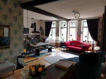 SOUS COMPROMIS  !!! IMMO EXCELLENCE vous propose en exclusivité cette jolie maison de maître d\'une surface habitable d\'environ 241 m2 ainsi que d\'une surface utile d\'environ 340 m2, sur un terrain de 20 ares. <br><br>La maison se compose comme suit :<br><br> Au rez-de-chaussée vous trouvez un hall d\'entrée, deux chambres-à-coucher, une salle-de-douche, ainsi qu\'une pièce de détente.<br><br> Au 1er étage vous trouvez un hall, un spacieux double séjour, une moderne cuisine équipée et ouverte, un W.C. séparé, ainsi qu\'un grand débarras avec raccordement pour la machine-à-laver. <br><br>Au deuxième étage vous trouvez une salle-de-bains avec douche, trois chambres-à-coucher, un spacieux dressing, ainsi qu\'une pièce entièrement aménagé en-dessous des combles et pouvant servir comme pièce de détente.<br><br>A l\'extérieur vous trouvez une grande terrasse, un abris de jardin, une annexe pouvant servir de rangement pour les meubles et le matériel de jardin, la chaufferie, un grand jardin, ainsi que des broussailles, voire même petite forêt.<br><br>La maison dispose également d\'une cave voûtée.<br><br>Quelques travaux de rénovations de moindre importance à prévoir.<br><br>La maison se trouve à proximité de toutes commodités et à seulement quelques pas de la zone piétonne.<br><br>Diekirch (luxembourgeois : Dikrech) est une ville luxembourgeoise et le chef-lieu de la commune et du canton portant le même nom. <br><br>Placée entre la capitale et la Petite Suisse luxembourgeoise et en rive gauche de la Sûre, elle profite du passage touristique. Diekirch est surtout connu par la brasserie portant le même nom. Diekirch est également ville de garnison du fait que la seule caserne militaire du Grand-Duché de Luxembourg s\'y retrouve sur les hauteurs du Herrenberg. <br><br>Elle est dotée d\'une piscine. Sa gare ferroviaire est située sur la ligne de chemin de fer Diekirch-Ettelbruck, ce qui lui permet l\'accès vers le sud et la capitale, de même que vers le nord et la Belgique