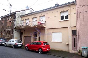 ***Avis aux investisseurs***  New Keys à le plaisir de vous proposer cet immeuble à bon rendement locatif.  Cet immeuble comprend: -appartement de +/-115 m2; -2 appartements de  +/- 82 m2; -appartement +/- 55 m2; -appartement +/-74 m2; -appartement +/- 42 m2; -local commercial +/- 40 m2;  Rendement locatif annuel proche des 45 000€  N\'hésitez pas à nous contacter au +352 621 647 509 ou par email ahenriques@newkeys.lu pour des informations complémentaires ou pour visiter le bien. Ref agence :5003358