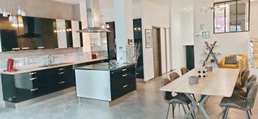 Nouveau et en exclusivité : sympathique LOFT 155 m2 + terrasse  à 10 mn du centre de  NANCY. Amateurs de grands espaces, je  vous invite à découvrir sans tarder, ce  loft de 155 m2 habitables, entièrement repensé pour votre confort et votre bien être *****  Un espace vie de 75 m 2, de style industriel avec sa verrière et sa belle hauteur sous  plafonds, un accès direct à une belle terrasse de 18 m2, cuisine ouverte, cellier / buanderie, placard  ****** Ce bien se compose  également de  2 grandes chambres de 19 et 23 m2, d'une suite parentale de 19,50 m2  avec dressing, salle d'eau privative avec toilettes,  une seconde salle de bain avec douche et baignoire,  WC séparés  ****** Un garage de 19 m2 avec porte automatique, communiquant directement avec l\'appartement et vient compléter ce bien.  Un second garage de 20 m2 vous est proposé en option ****** La bonne surprise : ZERO CHARGES ! En effet, ce bien totalement indépendant, n'est pas soumis au régime des copropriétés ****** Sur la commune de VANDOEUVRE-LES-NANCY, il est en réalité limitrophe avec NANCY, secteur CLEMENCEAU, NABECOR, JEAN JAURES, soit à 10 mn du marché central (Bus juste en face)  à 500 m de la ligne N° 1 du TRAM. Vous rejoindrez le Parc des Expositions et l'autoroute en moins 5 mn, via le BD BARTHOU ****** A très bientôt pour une visite  dans le respect des gestes barrières et la distanciation physique. Site Agence : www.tfimmo.com ****** Votre conseiller : Jean-Luc BARDIN û Agent Commercial (RSAC NANCY 411 191 943) ****** Agence Tf Immo secteur Nancy et Région ******* E-mail : jlb54000.tfimmo@gmail.com ****** Portable : 06-58-45-51-63- barème honoraires : www.tfimmo.com /nos-honoraires.php - Contact : 0658455163 - jlb54000.tfimmo@gmail.com