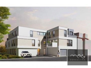 Bel appartement de 128m2 au rdch avec ascenseur, nouvelle construction 2018.<br><br>Petite résidence à 5 unités située dans une rue réservée à la circulation des riverains <br>(rue de l\'école).<br>Appartement N°1 au RDCH:<br>Hall d\'entrée, WC séparé, cuisine ouverte-living avec accès grande terrasse et jardin, <br>3 chambres, salle de bain douche +WC, salle de bain.<br>Cave, 1 emplacement intérieur et 1 emplacement extérieur.<br><br>Prix 771.000.-€ TVA 3% inclus.<br><br>Résidence \