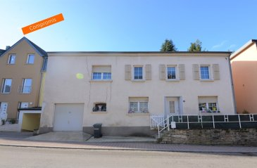 Située à Canach, commune recherchée à l'est de Luxembourg, cette maison construite dans les années '50 nécessite d'être rénovée. D'une surface habitable de ± 110 m² pour une surface totale de ± 160 m², elle se compose comme suit :  Au rez-de-chaussée, le hall d'entrée dessert le séjour ± 16 m² et la cuisine équipée ± 12 m².  Le 1er étage se compose de trois chambres de ± 11, 14 et 17 m², d'une salle de douches ±10m² et d'un wc séparé.  Le grenier non-aménagé s'étend sur ± 24 m².   Généralités :  Maison à rénover ; Commune résidentielle proche du Luxembourg, Kirchberg et de la Moselle ; Nombreuses randonnées dans les alentours ; Services de proximité: commerces, écoles, crèches, ...  Agent responsable du dossier: Juha Ahonen E-mail: juha@vanmaurits.lu Mobile: (+352) 661 249 476