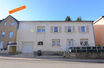 ***SOUS COMPROMIS***SOUS COMPROMIS*** Située à Canach, commune recherchée à l'est de Luxembourg, cette maison construite dans les années '50 nécessite d'être rénovée. D'une surface habitable de ± 110 m² pour une surface totale de ± 160 m², elle se compose comme suit :  Au rez-de-chaussée, le hall d'entrée dessert le séjour ± 16 m² et la cuisine équipée ± 12 m².  Le 1er étage se compose de trois chambres de ± 11, 14 et 17 m², d'une salle de douches ±10m² et d'un wc séparé.  Le grenier non-aménagé s'étend sur ± 24 m².   Généralités :  Maison à rénover ; Commune résidentielle proche du Luxembourg, Kirchberg et de la Moselle ; Nombreuses randonnées dans les alentours ; Services de proximité: commerces, écoles, crèches, ...