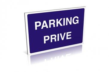 Emplacement de parking RE/MAX spécialiste de l'immobilier à Luxembourg vous propose à la location un emplacement de parking dans un garage fermé.  Situé dans le quartier du Limpertsberg (avenue de la Faïencerie) l'accès à l'emplacement se fait via un ascenceur pour voitures.  N'hésitez pas à nous contacter pour toute question, complément d'informations ou convenir d'une visite.